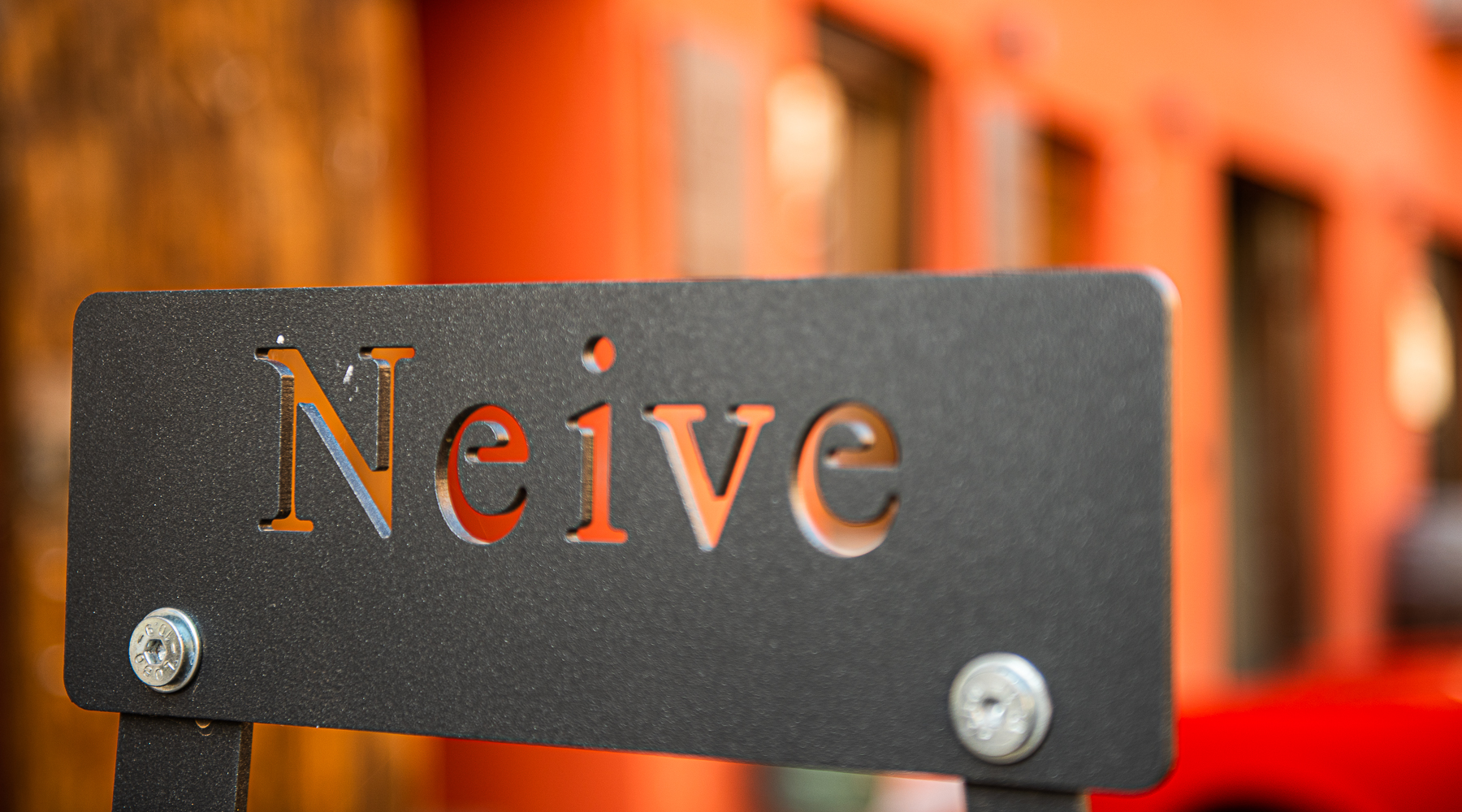 Welcome to Neive with Al Palazzo Rosso